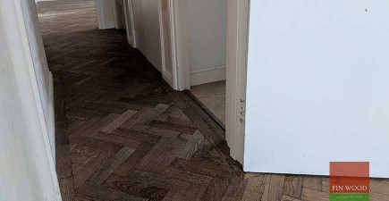 Curved border and undercut skirting boards in Wimbledon