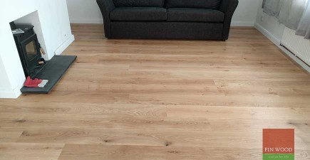 Natural Look Engineered Oak Boards fitting