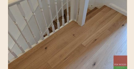Band Sawn Oak Wood Flooring Adds Character To a Home in Kenley, CR8 #CraftedForLife