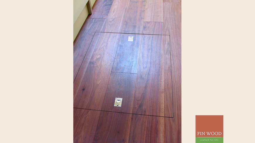 Access panel in wooden floors craftmanship 1